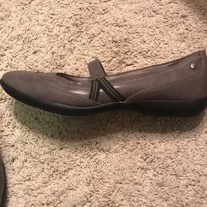 Life Stride Shoes - Life Stride shoes size 9